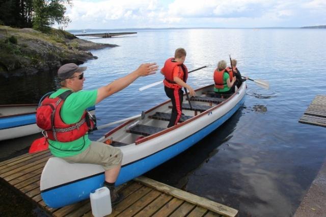 Lyhyet kanoottiretket - Hiking Travel 82767779b3